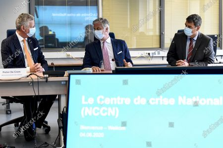 Defence minister Pieter De Crem, King Philippe - Filip of Belgium and Crisis center director-general Bart Raeymaekers pictured during a royal visit to the National Crisis Center (Nationaal Crisiscentrum - Centre de Crise National) in Brussels, Thursday 04 June 2020.
