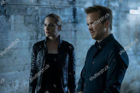 Stock Photo of Evan Rachel Wood as Dolores Abernathy and Aaron Paul as Caleb Nichols