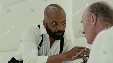 Stock Picture of Jeffrey Wright as Bernard Lowe and Ed Harris as Man in Black
