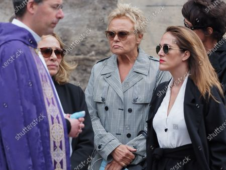Joelle Bercot, Muriel Robin (C) and Victoria Bedos. The funeral of comedian and humorist Guy Bedos who died on May 28 at the age of 85 took place this Thursday June 4 at the Saint-Germain-des-Pres church in Paris. Many personalities came to support his family.