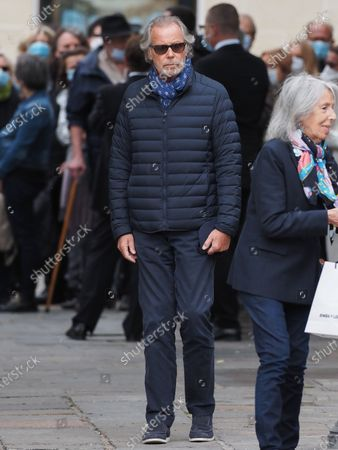 Michel Leeb. The funeral of comedian and humorist Guy Bedos who died on May 28 at the age of 85 took place this Thursday June 4 at the Saint-Germain-des-Pres church in Paris. Many personalities came to support his family.