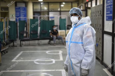 A medical worker in PPE kit at the Flu Centre at Aruna Asif Ali Hospital, on June 4, 2020 in New Delhi, India.