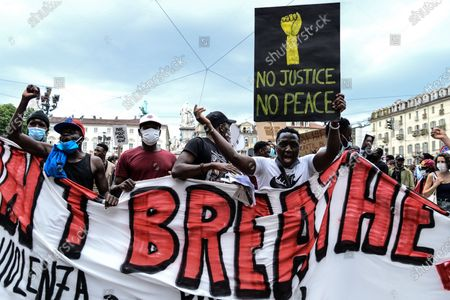 protesters during the Black Lives Matter protest following the death of George Floyd, on June 06, 2020 in Turin, Piazza Castello, Italy. The protest has been organized against racism after the death of George Floyd