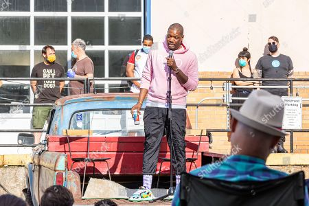 Saturday Night Live comedian Michael Che held a pop up comedy event in conjunction with Culture Lab LIC at The Plaxall Gallery in Long Island City.