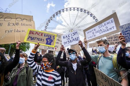 Over 10,000 people gathered at Poelart Square to demonstrate against racism and police violence. Protesters
