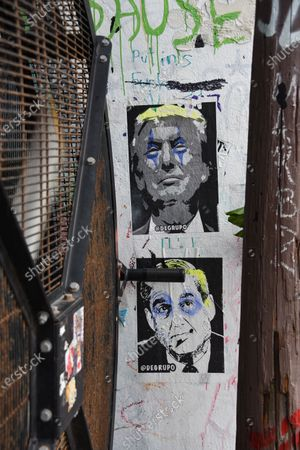 A mural can be seen of President Trump and Robert Mueller in the Wynwood area of Miami.