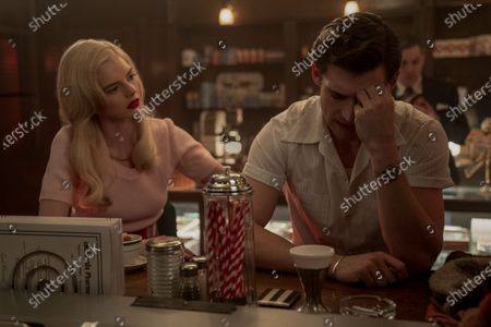 Samara Weaving as Claire Wood and David Corenswet as Jack Castello