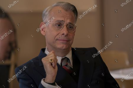 Joe Mantello as Dick Samuels