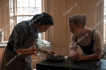 Caitriona Balfe as Claire Randall and Lauren Lyle as Marsali