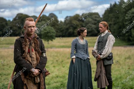 John Bell as Young Ian, Caitriona Balfe as Claire Randall and Sam Heughan as Jamie Fraser