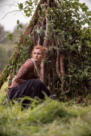 Sophie Skelton as Brianna Randall Fraser