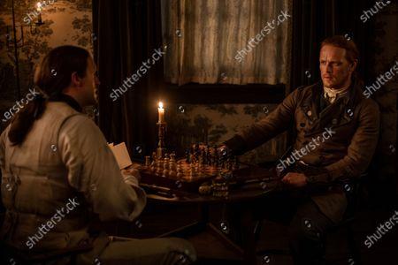 Michael Xavier as Lieutenant Knox and Sam Heughan as Jamie Fraser
