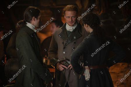 Cesar Domboy as Fergus and Sam Heughan as Jamie Fraser