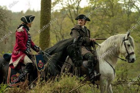 Stock Photo of Michael Xavier as Lieutenant Knox and Sam Heughan as Jamie Fraser