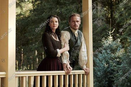 Caitriona Balfe as Claire Randall and Sam Heughan as Jamie Fraser