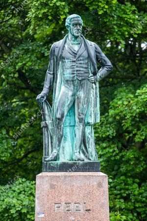 A statue in Leeds has been highlighted as a symbol of slavery and colonialism by anti-racism campaigners.