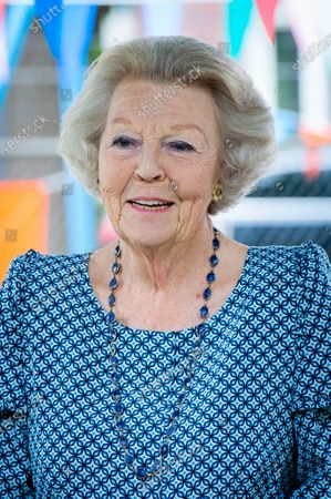 Princess Beatrix during a visit to the national Outdoor Play Day organized by the National Youth Fund Jantje Beton Foundation.