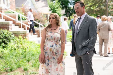 Stock Image of Jamie Lynn Spears as Noreen Fitzgibbons and Chris Klein as Bill Townsend
