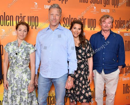 "Swedish singer/actress Helen Sjöholm, Mikael Persbrandt, Vanna Rosenberg, director Peter Dalle at a photo call for the movie ""Tills solen går upp"" (Until the sun rises)"