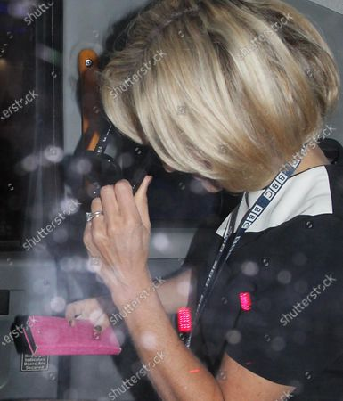 Stock Image of Emily Maitlis goes home in a cab after presenting the bbc news
