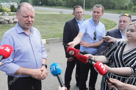 Lithuanian Prime Minister Saulius Skvernelis (L) during a press conference with the participation of Polish Prime Minister Mateusz Morawiecki at the Budzisko-Kalvarija border crossing in Podlaskie Voivodeship, Poland, 12 June 2020. On the night of 12-13 June, Poland will restore full border traffic within the internal borders of the European Union. The EU's external borders will remain closed.