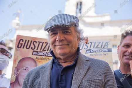 Italian actor Enrico Montesano  Sit-in in front of Montecitorio Palace in Rome to ask for justice for Chico Forti