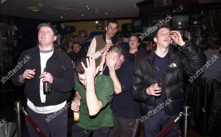 Football Fifa World Club Championships 2000 : Group B : Manchester United V Necaxa 1-1... Shocked And Dismayed Manchester United Fans At The Sports Cafe. Steve Norris Julian Tasman Nick Newman & James Dann.