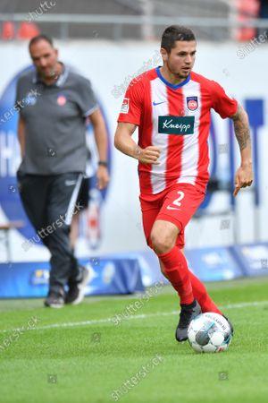 Marnon Busch of Heidenheim plays the ball during the German Second Bundesliga division match between 1. FC Heidenheim 1846 and SSV Jahn Regensburg at Voith-Arena in Heidenheim, Germany, 13 June 2020.