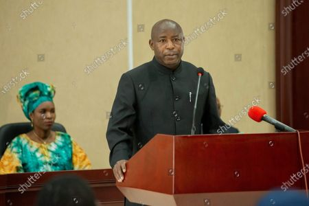 """Burundi's president-elect Evariste Ndayishimiye delivers a speech after signing a condolence book for Burundian president Pierre Nkurunziza who passed away recently in Bujumbura, Burundi, on June 13, 2020. Burundian Constitutional Court on Friday announced the swearing-in of the Ndayishimiye """"as soon as possible"""", after the death of Nkurunziza on Monday."""