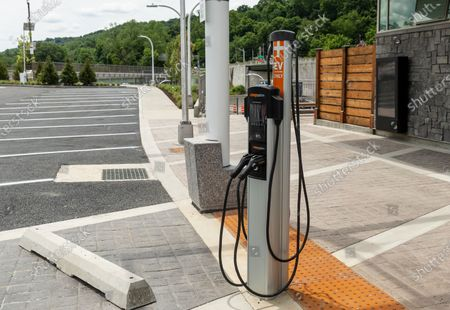 Electric vehicle charging station seen at Rockland landing of Mario Cuomo Bridge in Tarrytown. . Cuomo is opening up a â€oeshared use pathâ€� for pedestrians and bike riders. The path is 3.6 miles long and features 6 scenic overlooks, public art and interactive displays. Photo by Lev Radin/Pacific Press)