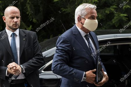 Minister of the Interior, Digitalization and Migration and Deputy Minister-President of the German federal state of Baden-Wuerttemberg, Thomas Strobl (L), wears a face mask as he arrives for a meeting between the foreign affairs ministers of Switzerland, Austria, Liechtenstein, Baden-Wuerttemberg and representatives of the International Lake Constance Conference (IBK) regarding the reopening of their common borders amid the pandemic of the COVID-19 disease caused by the SARS-CoV-2 coronavirus in Kreuzlingen, Switzerland, 17 June 2020.