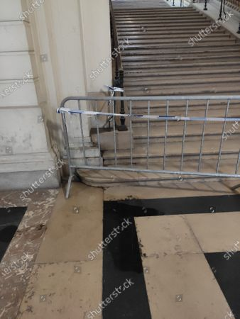 Illustration picture shows a water leak at the Brussels' Justice Palace, Wednesday 17 June 2020.
