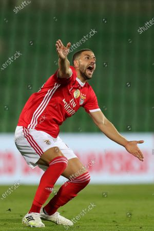 Benfica's Adel Taarabt reacts during their Portuguese First League soccer match, held at Arcos stadium, in Vila do Conde, Portugal, 17 June 2020.