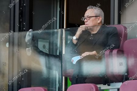 Owner of West Ham United David Sullivan watches the game without wearing a mask
