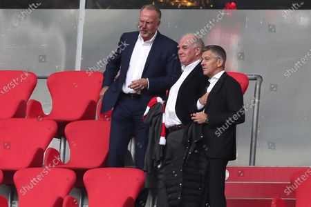 (L-R) Karl-Heinz Rummenigge, CEO of FC Bayern Muenchen looks on with Uli Hoeness, Honorary President of FC Bayern Muenchen and Herbert Hainer, President of FC Bayern Muenchen look on during the Bundesliga match between FC Bayern Muenchen and Sport-Club Freiburg at Allianz Arena in Munich, Germany, 20 June 2020.