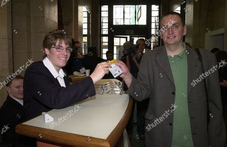 Gla Member Darren Johnson (green Party List) At The Temporary Greater London Authority Headquarters Romney House Westminster And Collects His Pass.