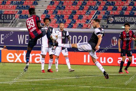 Mattia De Sciglio (Juventus) Musa Barrow (Bologna)