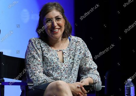 """Mayim Bialik speaks at AT&T's SHAPE: """"The Scully Effect is Real"""" panel in Burbank, Calif. Big Bang Theory"""" actres Bialik is teaming with DC Entertainment on a project that joins superhero power to the power of science"""