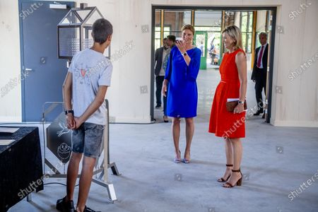 Queen Maxima at Apeldoorn and technology facility TechnoHUB in Woerden in the context of the importance of well-trained technical personnel for SMEs and the impact of the corona pandemic COVID-19. Queen Maxima is a member of the Dutch Committee for Entrepreneurship