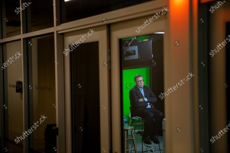 """Los Angeles Times Executive Editor Norman Pearlstine holds a virtual company town hall, titled, """"Newsroom Update: discussion about racism, diversity and inclusiveness,"""" and is seen broadcasting from the video studio, of the company's El Segundo, CA, headquarters, Wednesday, June 24, 2020. (Jay L. Clendenin / Los Angeles Times)"""