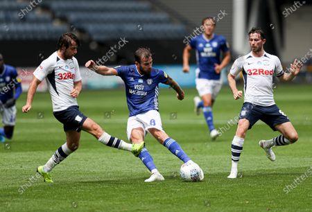 Joe Ralls of Cardiff City shoots at goal