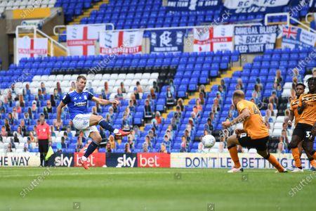 Gary Gardner of Birmingham City scores a goal to make it 1-2.