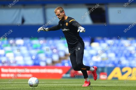 Hull's George Long warms up