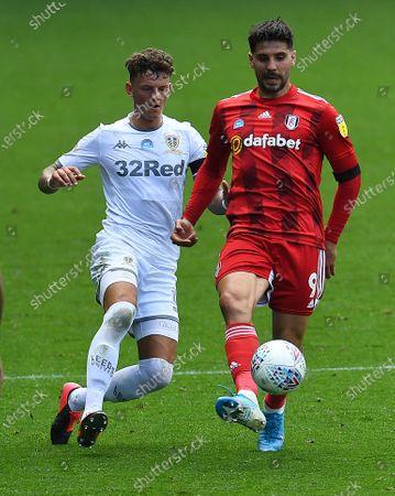 Ben White of Leeds United and Aleksander Mitrovic of Fulham