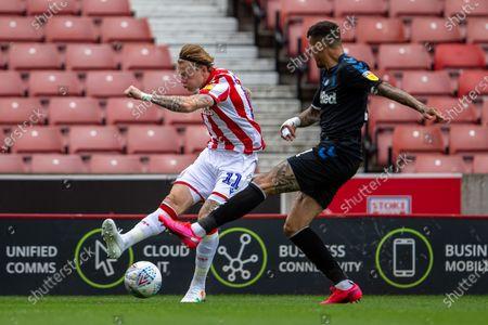 Bet365 Stadium, Stoke, Staffordshire, England; James McClean of Stoke City crosses the ball into the box; English Championship Football, Stoke City versus Middlesbrough.