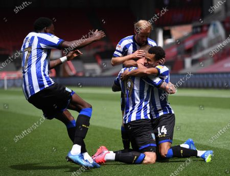 Ashton Gate Stadium, Bristol, England; Connor Wickham of Sheffield Wednesday celebrates with his team after scoring the first goal in 13th minute 0; English Football League Championship Football, Bristol City versus Sheffield Wednesday.