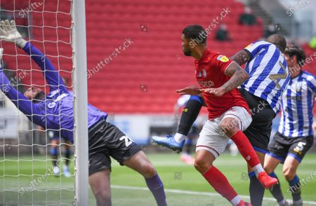 Ashton Gate Stadium, Bristol, England; Nahki Wells of Bristol City scores with a header past keeper Wildsmith in the 68th minute for 1; English Football League Championship Football, Bristol City versus Sheffield Wednesday.