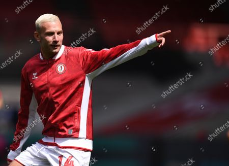 Ashton Gate Stadium, Bristol, England; Andreas Weimann of Bristol City warms up; English Football League Championship Football, Bristol City versus Sheffield Wednesday.