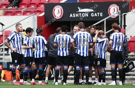 Sheffield Wednesday Manager Garry Monk gives instructions to his players.