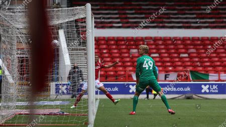 Brennan Johnson cant quite get his angles right as he shoots into the side netting.